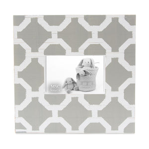 Front view of our Grey and White Trellis Picture Frame