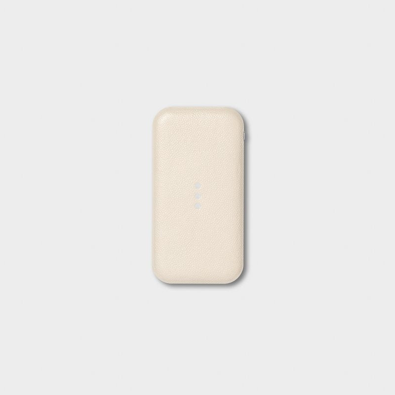 Courant CARRY: Wireless Charging Power Bank - Bone, Ash