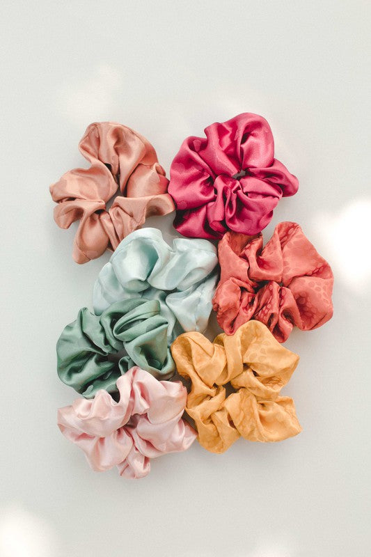 Adelé Dottie Satin Scrunchie