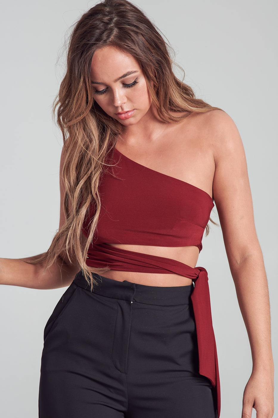 Liliana Side Tie Top in Wine