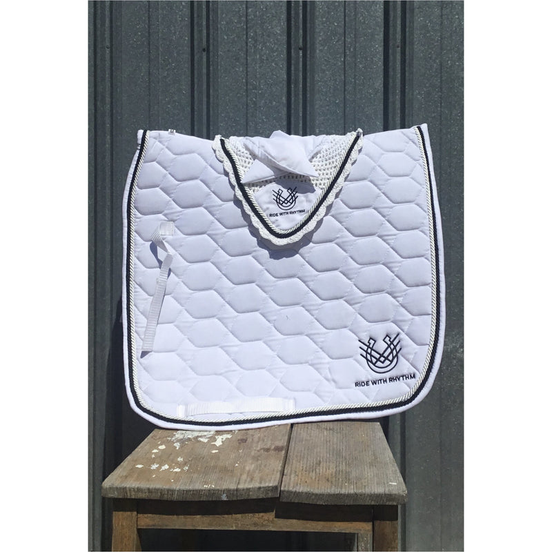 Saddle Pad & Ear Bonnet set White
