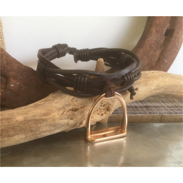 Multistrand adjustable leather bracelet