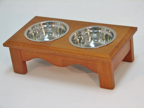 Crown Pet CPP-Diner-S-CH Pet Diner Small Chestnut Finish