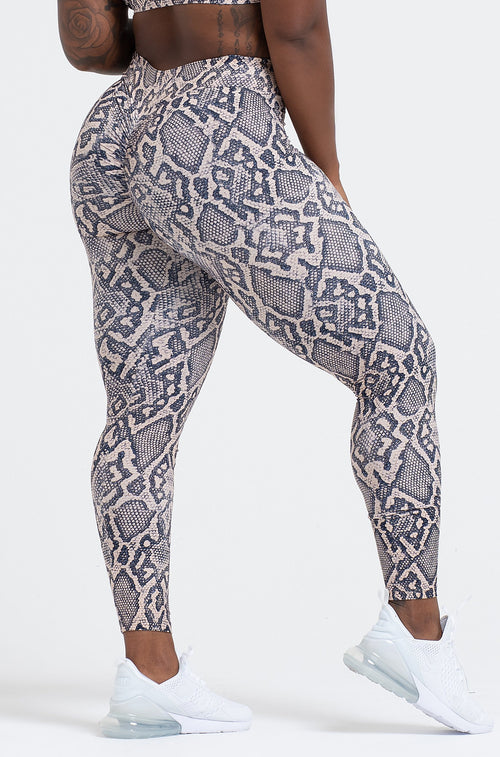 Python V-Cut Scrunch Leggings