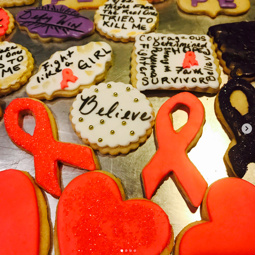 Cookies For a Cause: Breast Cancer  (1 dozen)
