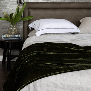 Lux Silk Velvet Throw - Forest Green