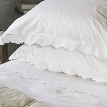 Scalloped Edge Cotton Sheet Set - White