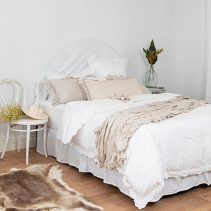 Isle Ruffled Linen Throw - Natural