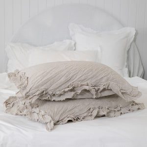 Isle Ruffled Linen Pillowcases - Natural