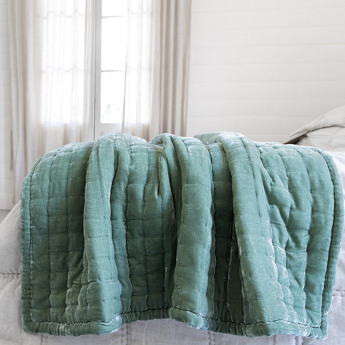 Tempt Silk Velvet Throw - Apple Green