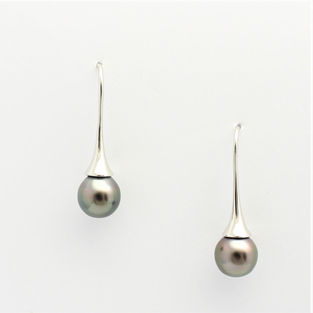 Abrolhos Pearl Flute Earrings White Gold