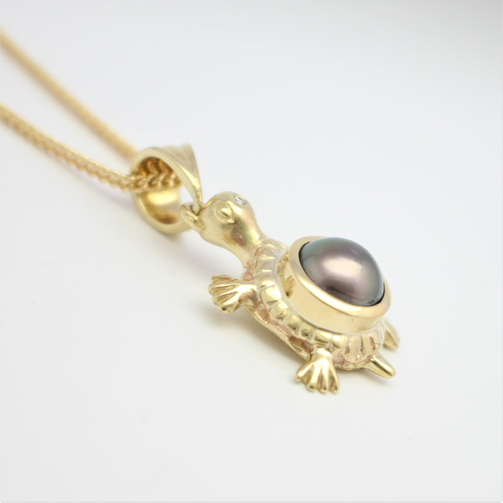 The Black Abrolhos Turtle Pearl Pendant