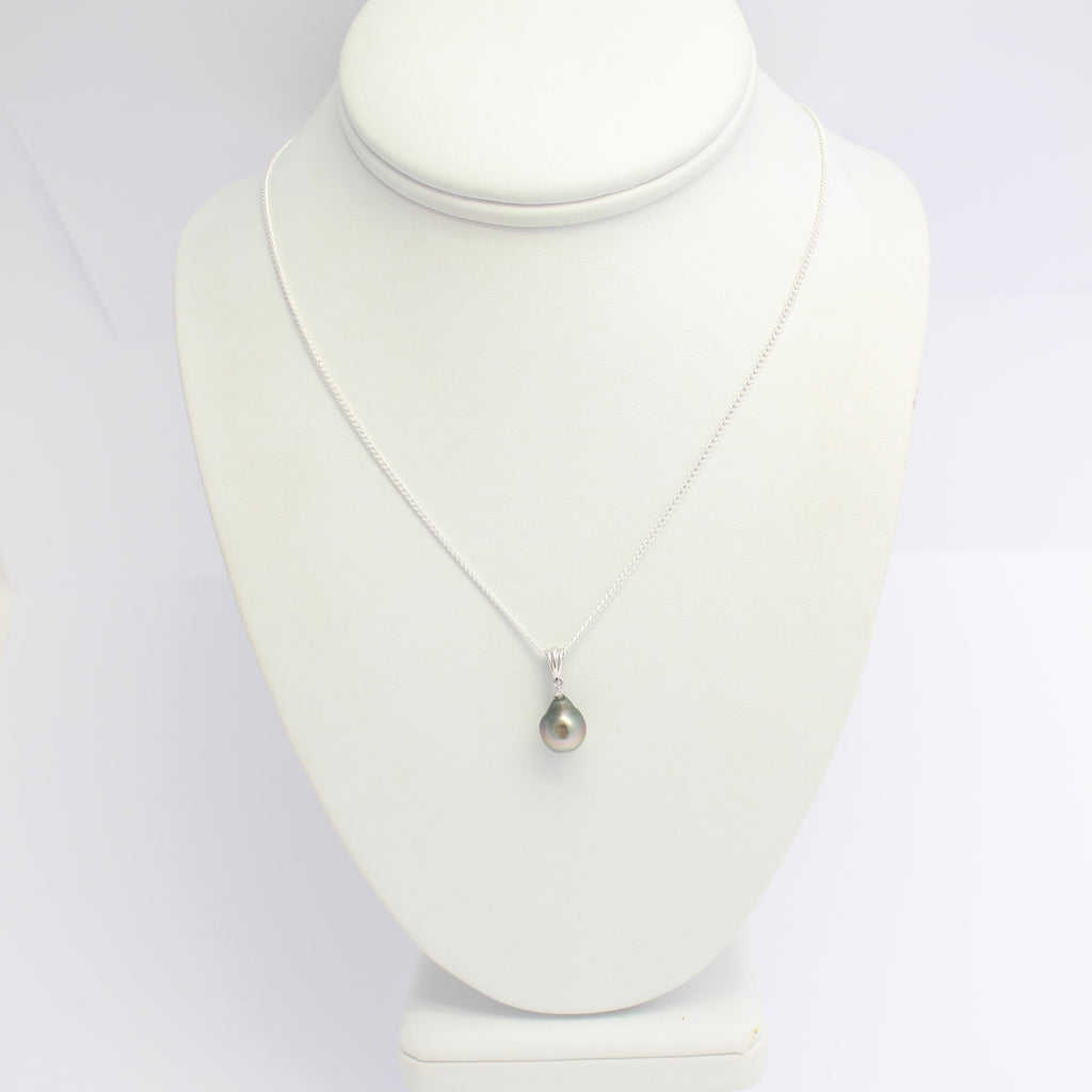 Pearl and 0.01ct Diamond Pendant