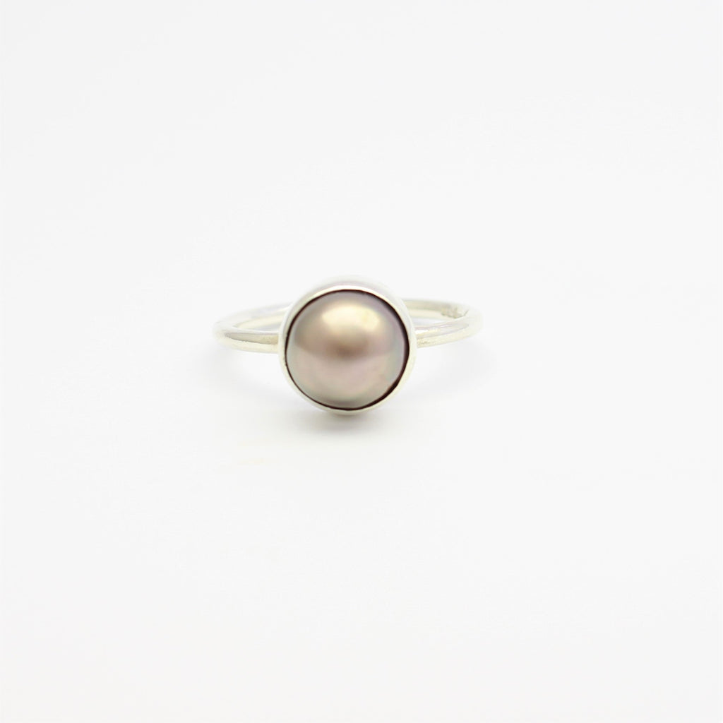 Silver Bezel Abrolhos Pearl Ring