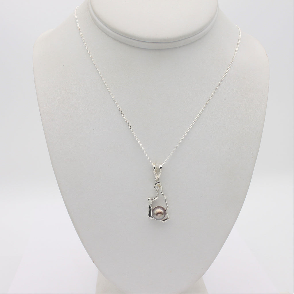 Island Bound Turtle Bay Silver Pendant with Diamond and Abrolhos Pearl