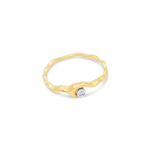 Island Bound Wave 9ct Gold Ring with Diamond