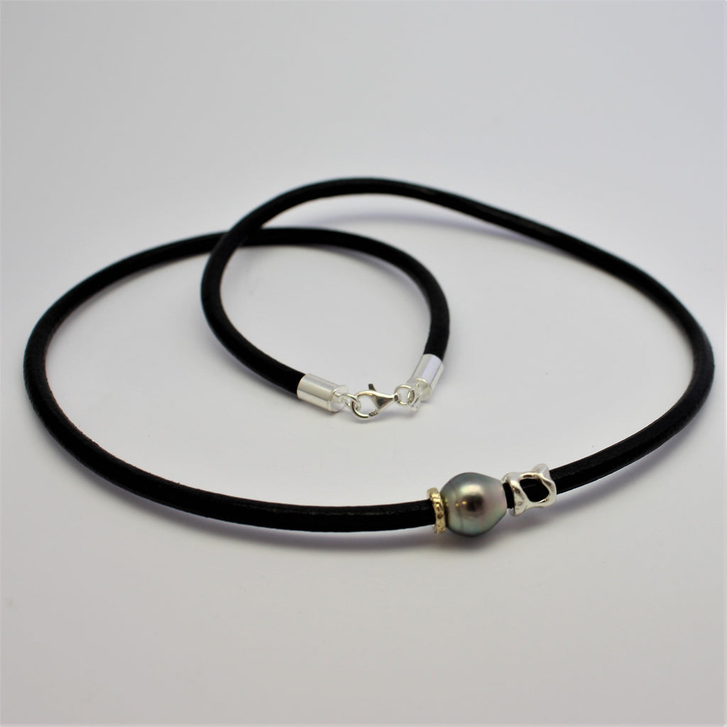 Mens Abrolhos Island Leather Necklet