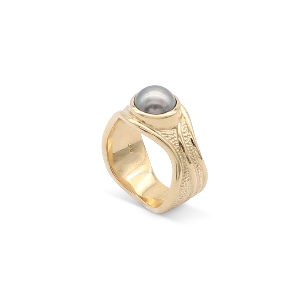 Solid Slim Lexi 9ct Yellow Gold