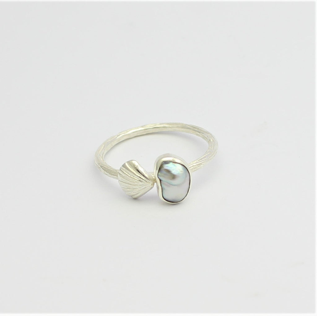 Abrolhos Pearl and Scallop Silver Stacker