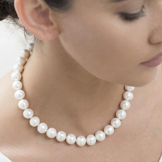 Freshwater Pearl Strand 11-13mm Pearls 9ct YG Clasp