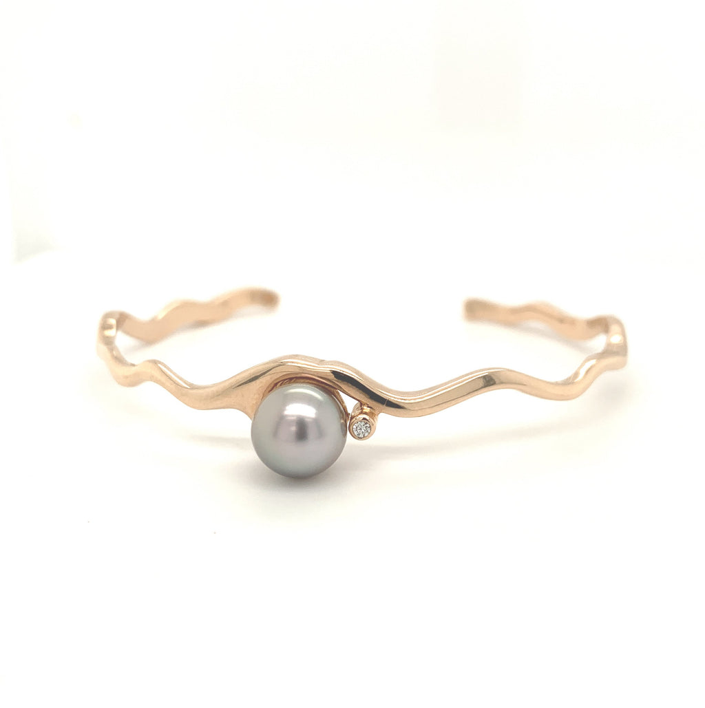 Island Bound Wave Cuff 9ct Rose Gold with Abrolhos Pearl and Diamond