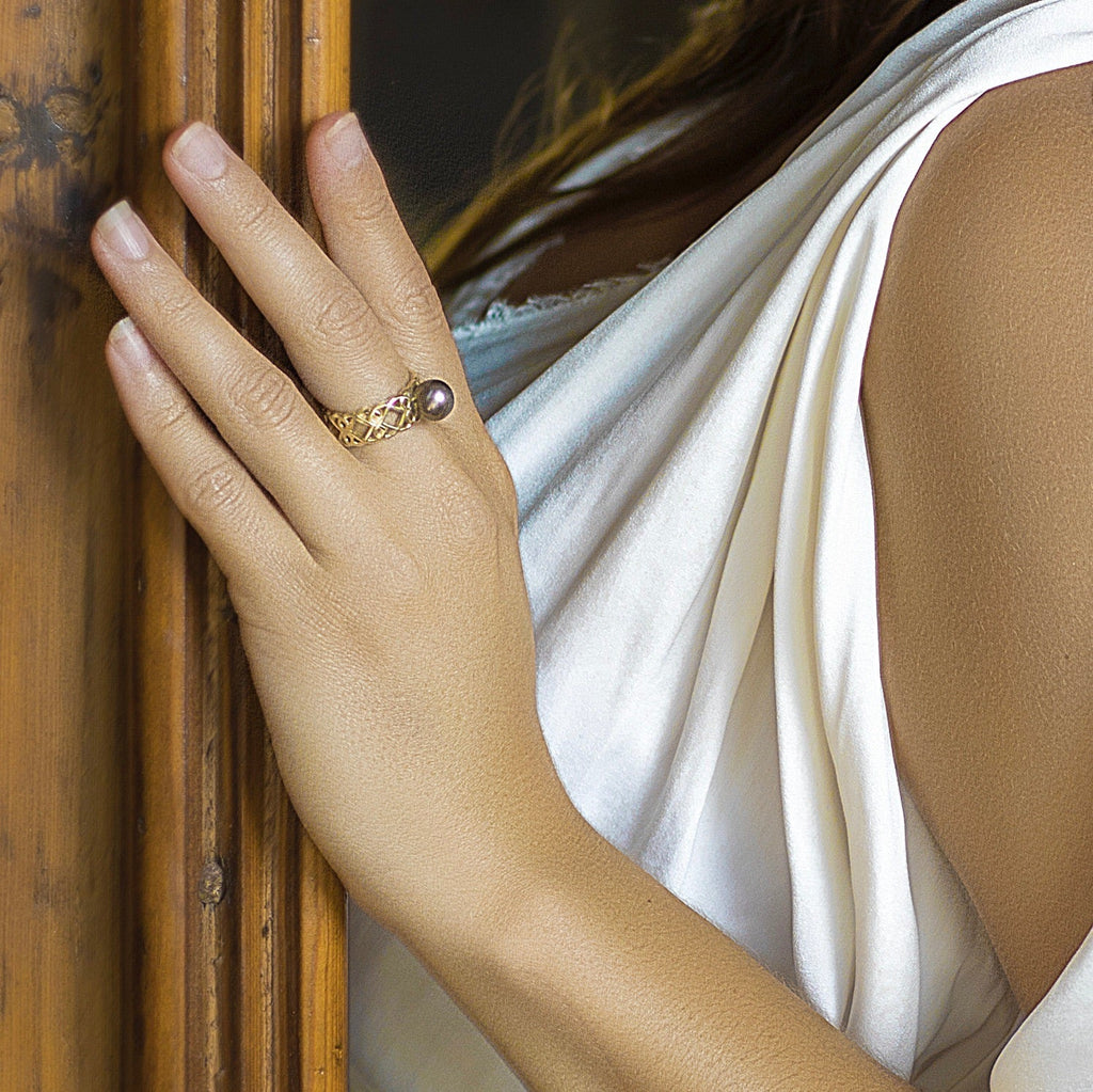 Yellow Gold Moroccan Ring Abrolhos Island Pearl