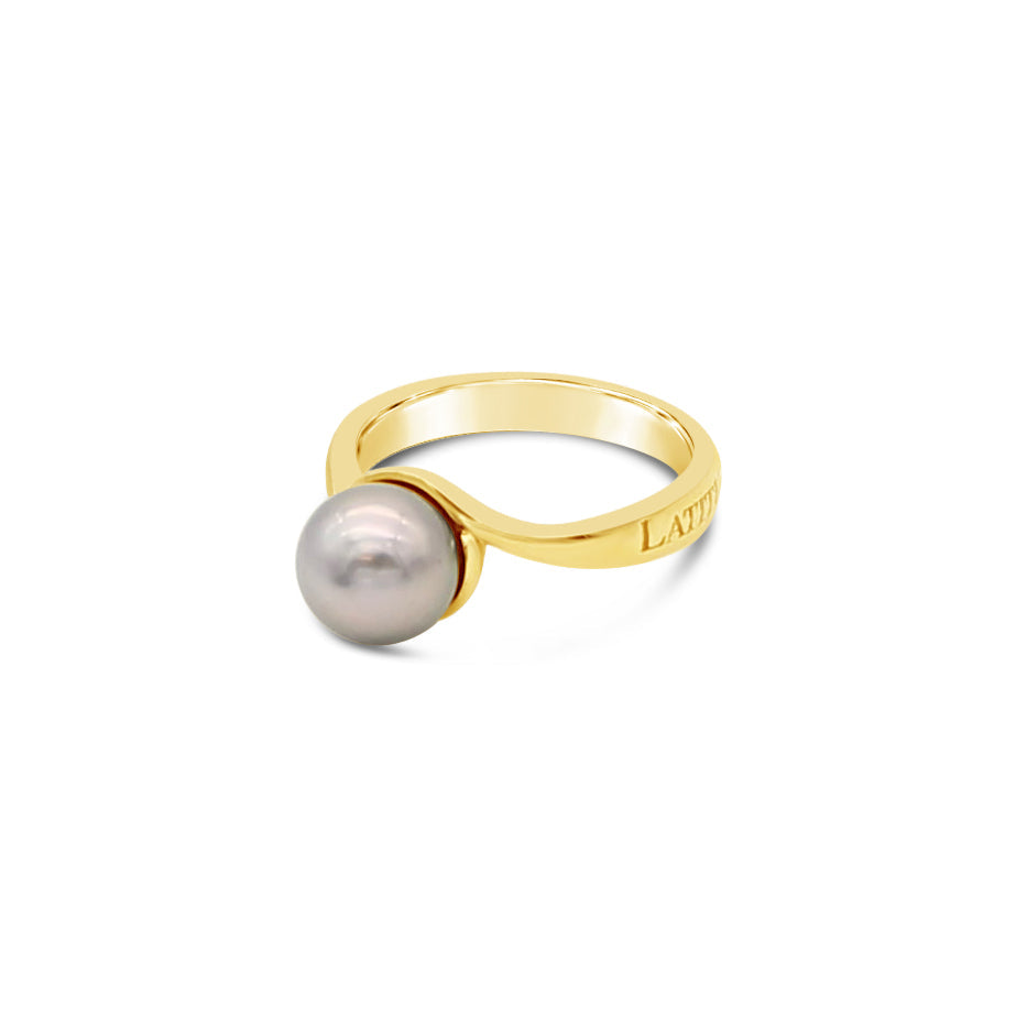 Abrolhos Pearl Twist Ring with Latitude Signature