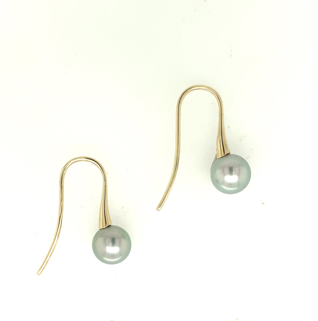 Abrolhos Pearl Light Shepherd Hooks Yellow Gold
