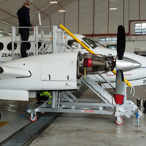 KINGAIR B250 STANDS