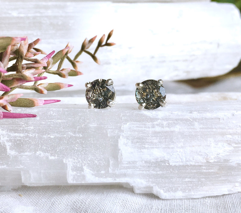 BLACK RUTILATED QUARTZ STUDS