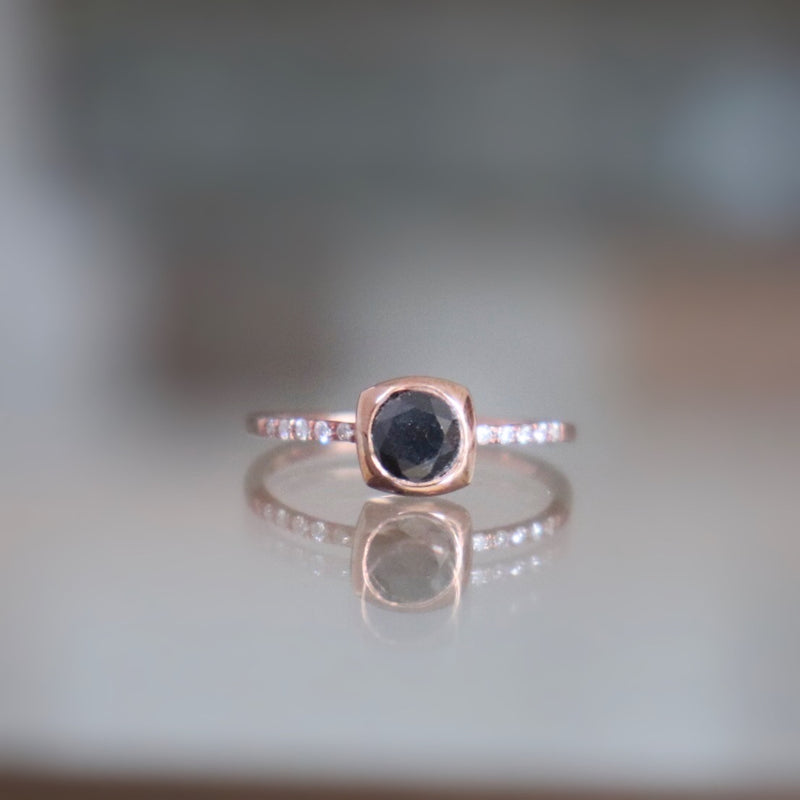 URSA Black Diamond Ring
