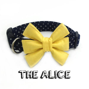 The Alice dog collar flower