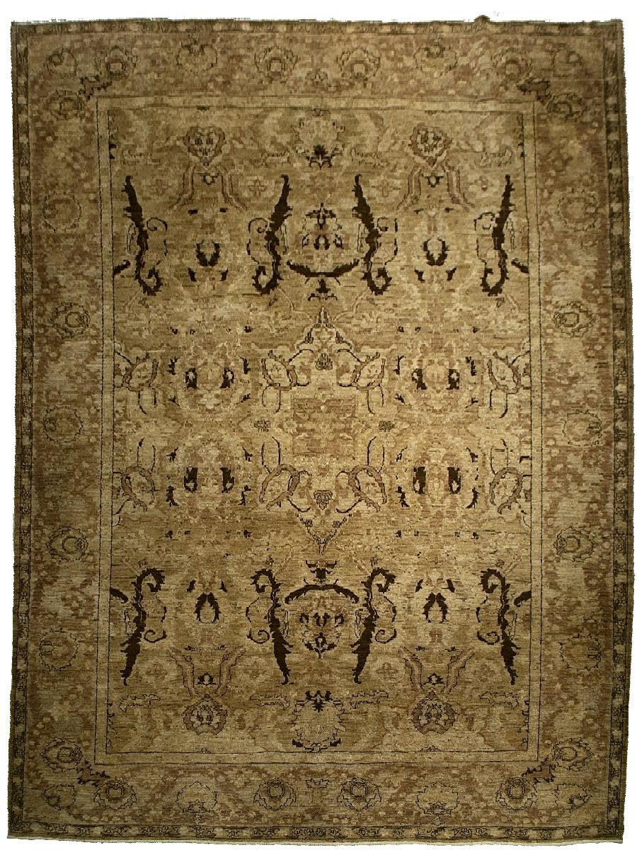 Sultanabad Rug <br> 9' 2