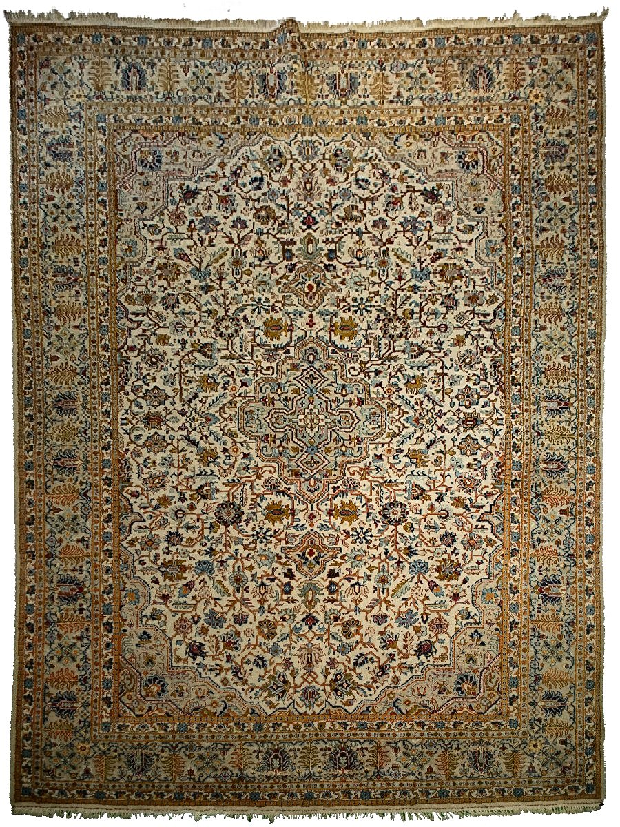 Antique Persian Kashan Rug <br> 9' 6