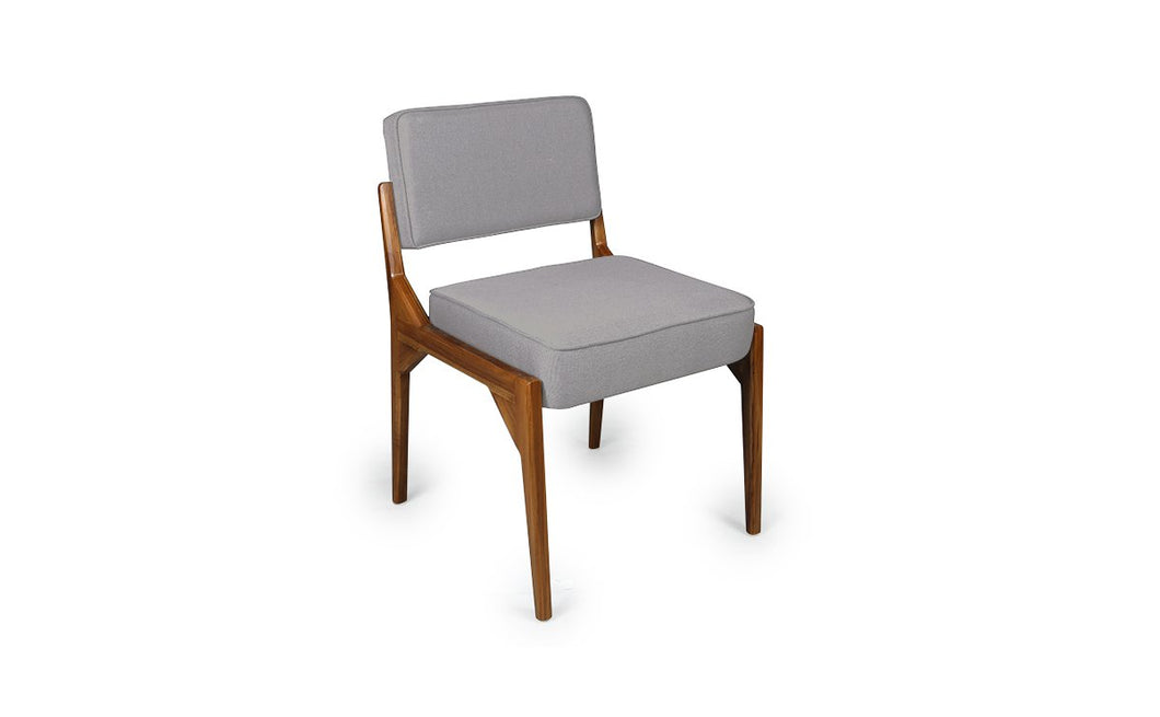 Valar Dining Chair (Gilette)
