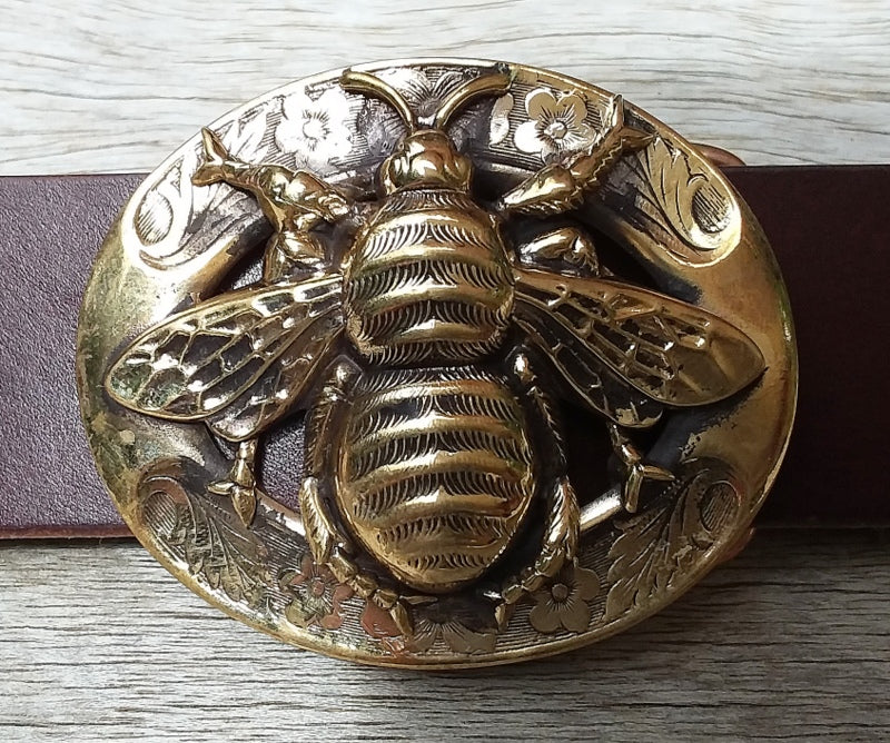 The Honey Bee Buckle - Sur Tan Mfg. Co.