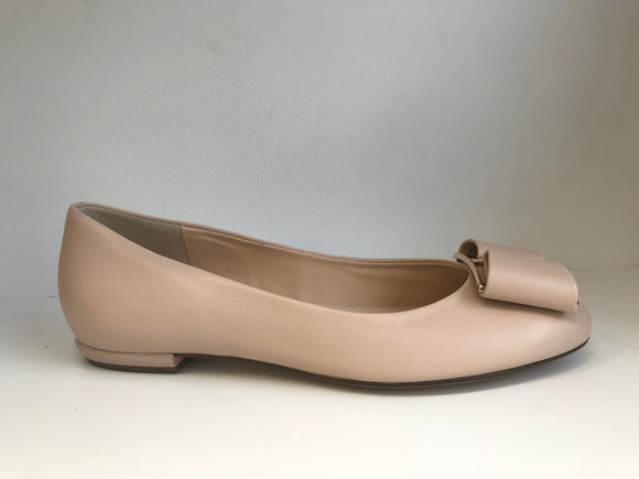 EVE Nude Flat Pump by Hogl