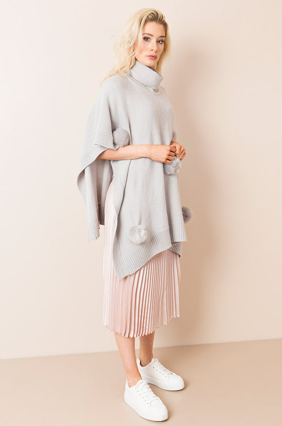 Alsace Poncho Silver Grey By Pia Rossini