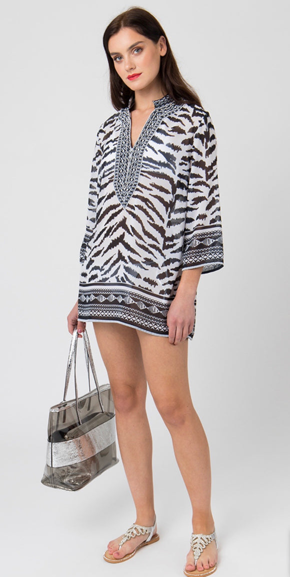 Yasmina Tunic in Black/White by Pia Rossini