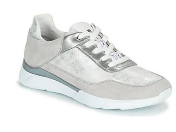 Hiver Silver/Light Grey Sneakers By Geox