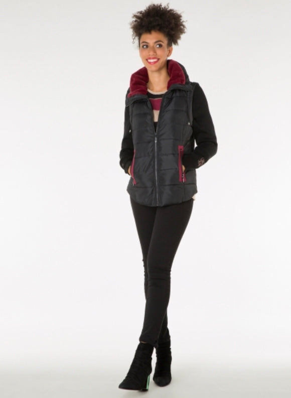 Black/Maroon Zipped Gilet with removeable sleeves by Yest