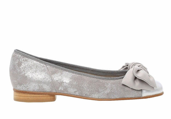 AMY Silver Shimmer Pump with Patent Toe & 20mm heel by Gabor