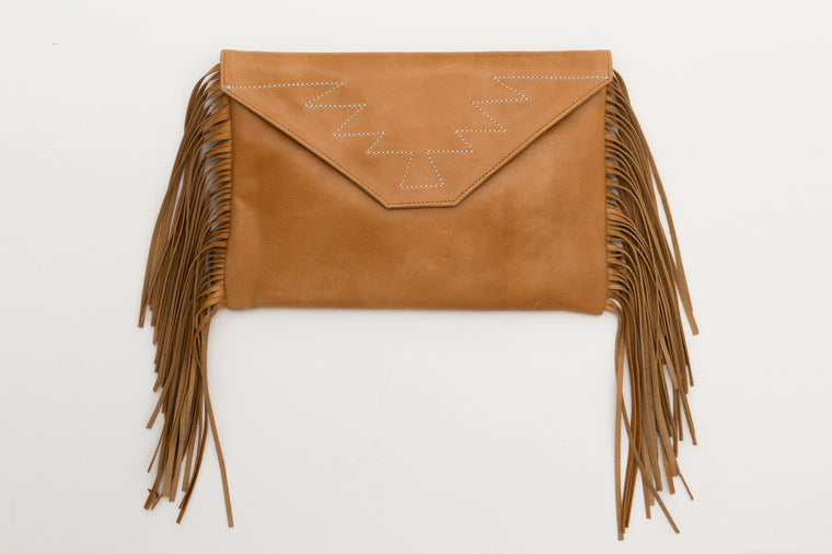 Coyote Clutch Tan