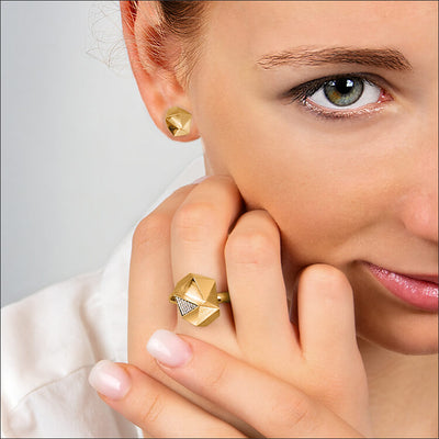 Tectone | Ring - 750 Gelbgold, Diamanten-Brillanten am Model | ring - 18kt yellow gold, diamonds | SYNO-Schmuck.com