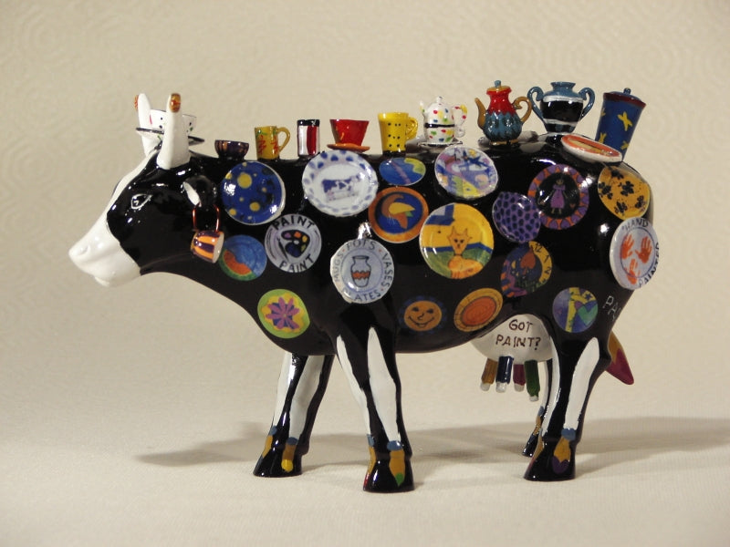 COW PARADE XL THE MOO POTTER BY MEREDITH MC CORD