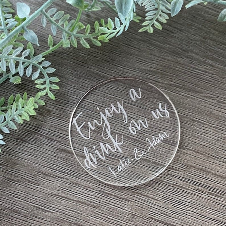 Acrylic Wedding Favour Drinks Token Circle - Wedding Lux