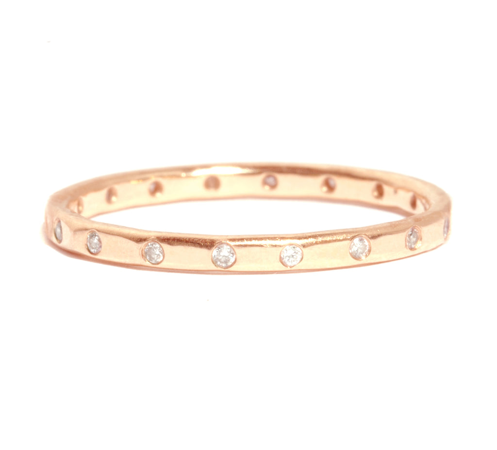 18 White Diamond Band - 18 Karat Rose Gold