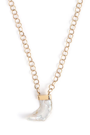 American Pearl Pendant Necklace with Handmade Chain