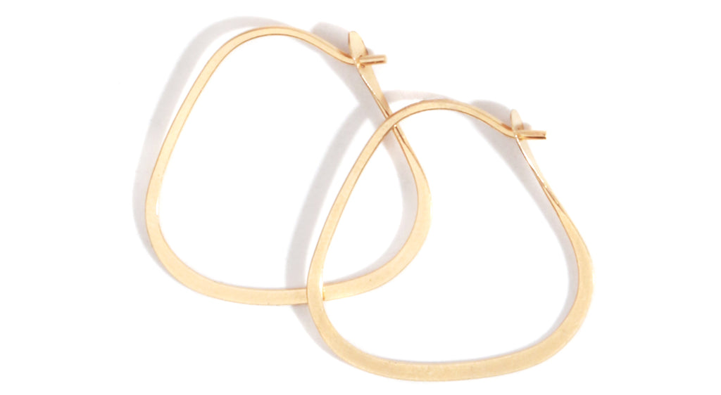 Small triangle hoops - 7/8 inch