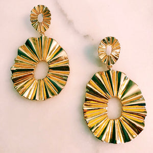 Fanned Out Oval Earrings in Gold
